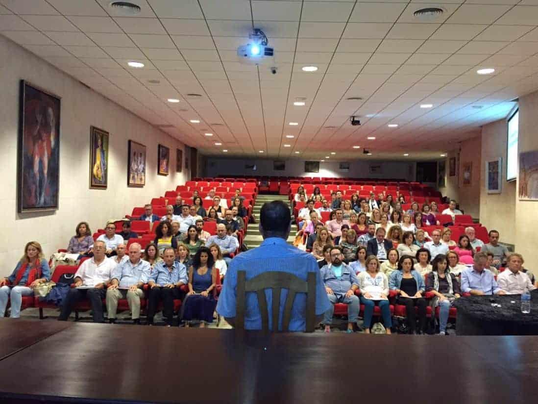 Curso de Mindfulness y Trabajo en Sevilla, Dr. Andrés Pomares