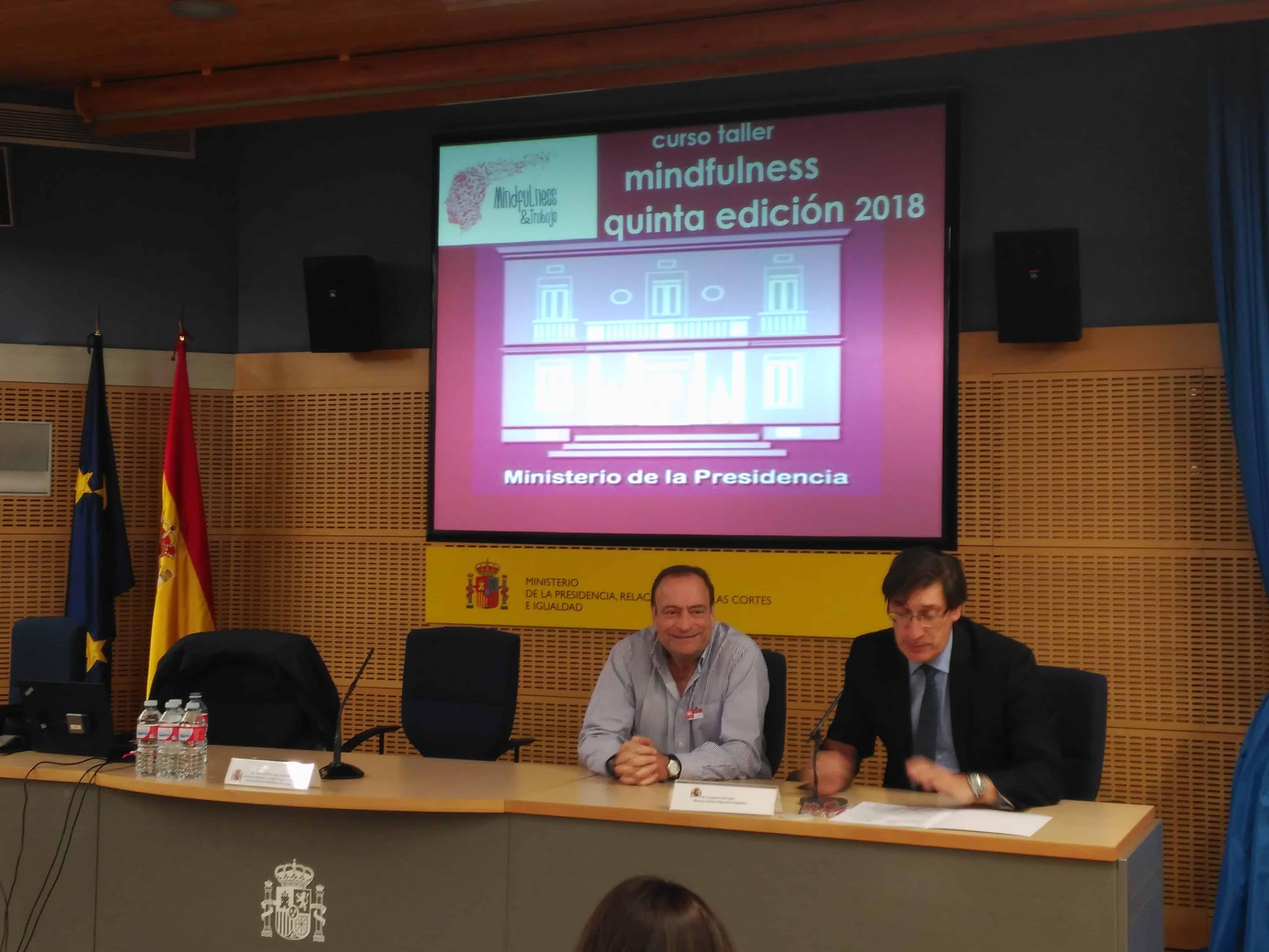 Mindfulness y Trabajo en un curso en la Presidencia del Gobierno de España